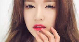 Mách bạn cách chọn màu son môi hợp với màu da, dáng môi và độ tuổi