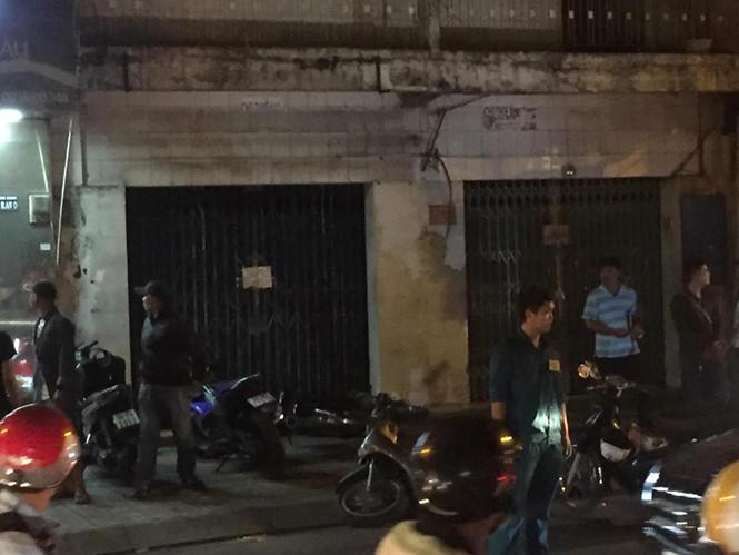 """Nhóm """"Hiệp sỹ đường phố"""" bị băng cướp tấn công, 2 người tử vong, 3 người bị thương"""