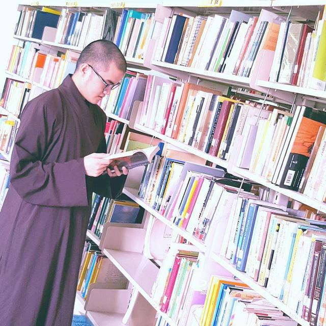 Sư thầy chùa Hoằng Pháp giành học bổng toàn phần của đại học Harvard