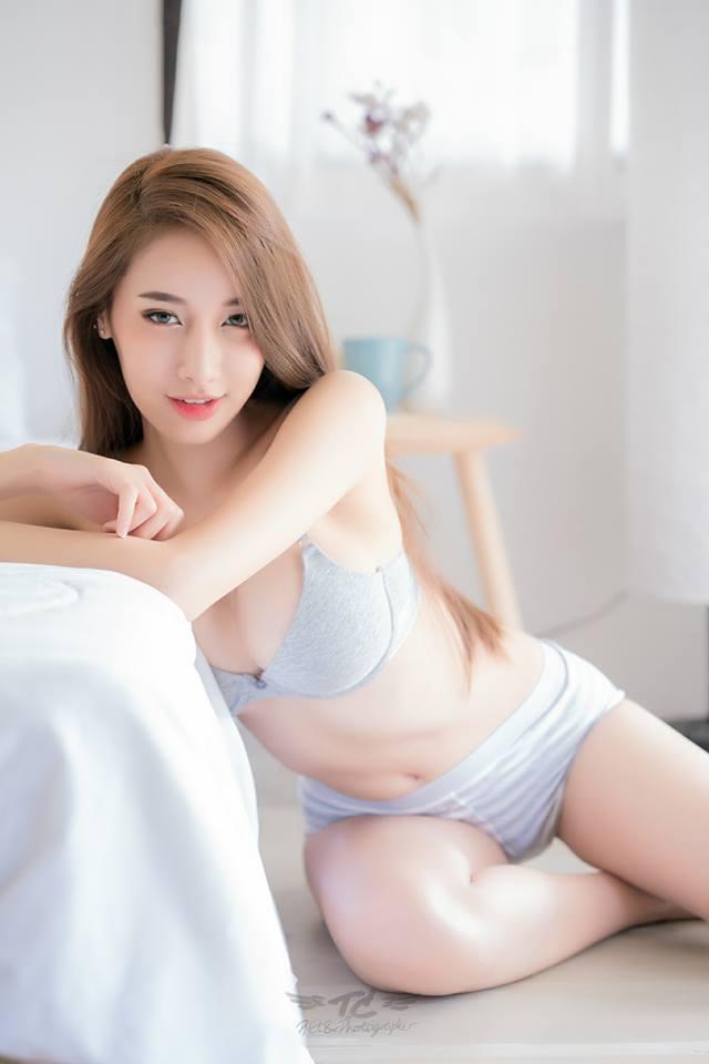 Nữ thần nội y Thái Lan
