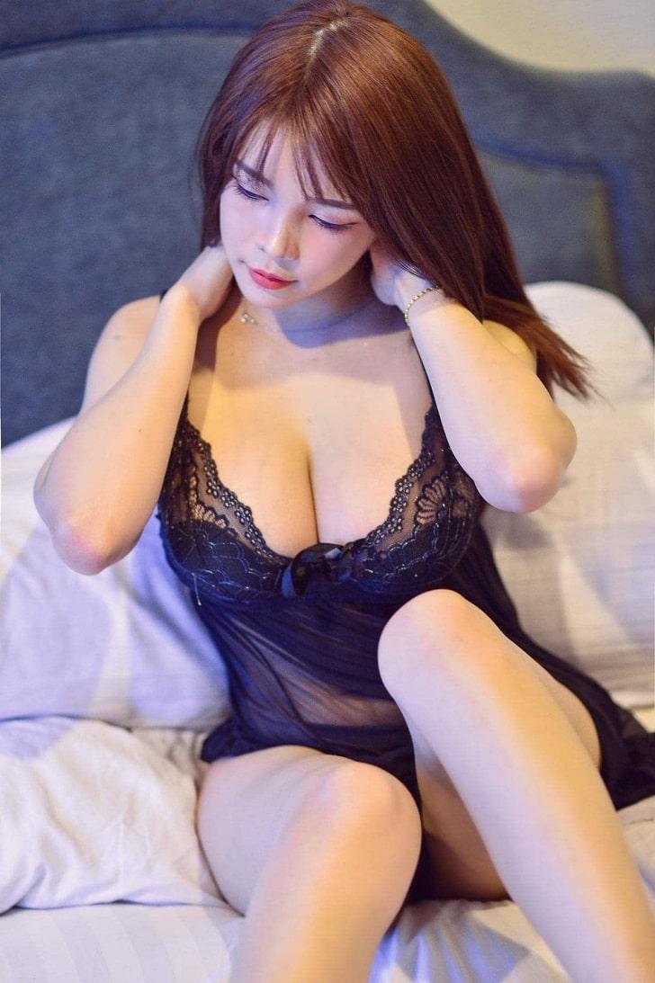 gái xinh mặc đồ ngủ