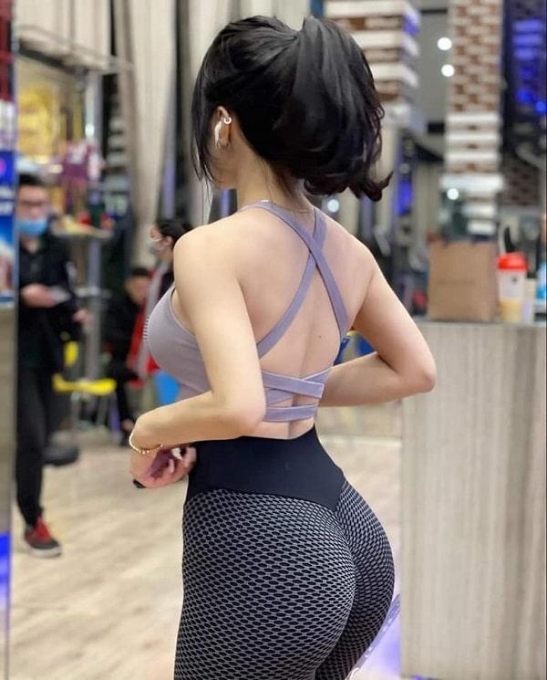 gái tập gym mông to