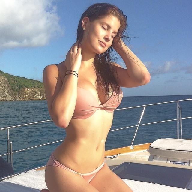 Amanda Cerny nude
