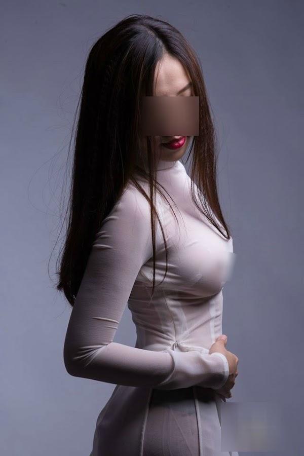 Áo dài xuyên thấu không nội y